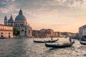 Βενετία , η πόλη των Δόγηδων 4,5ημ Prive μεταφορές – ξεναγήσεις και με 2 άτομα